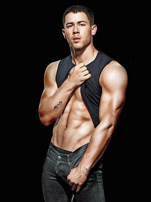 Nick Jonas Flashing his Abs