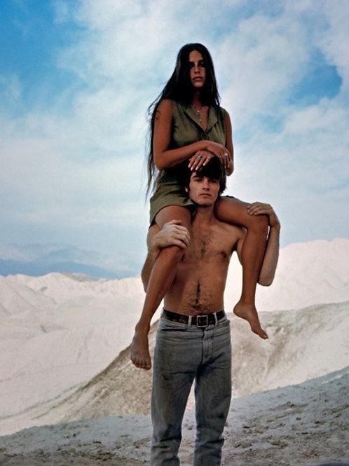 Mark Frechette & Daria Hakpin in Zabriskie Point