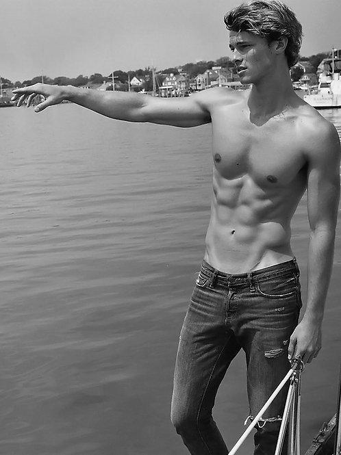 Alex Cheesman Pointing