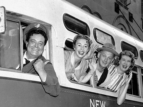 Cast of the Honeymooners on the Bus Waving