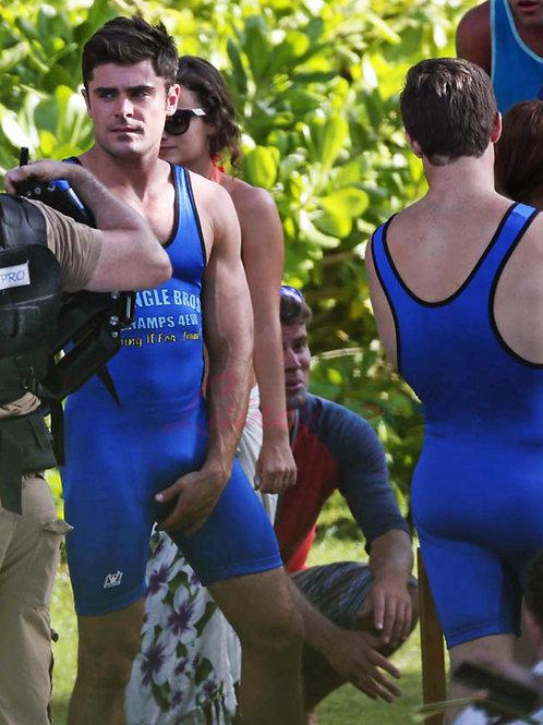 Zac Efron Adjusting his Tight Blue Singlet