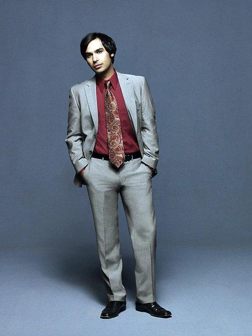 Bulging Kunal Nayyar From the Big Bang Theory