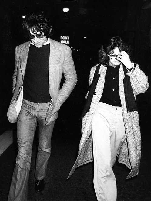 Warren Beatty Walking with Diane Keaton in 1978