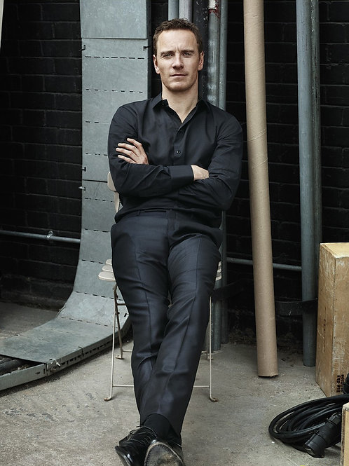 Bulging Michael Fassbender Relaxing on a Chair