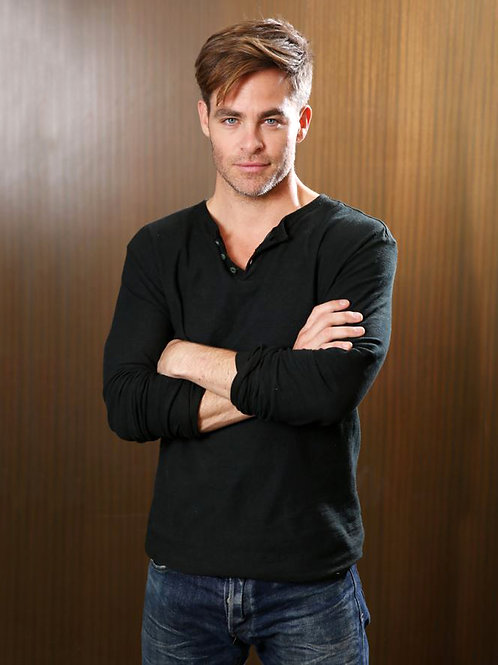 Chris Pine with his Arms Folded