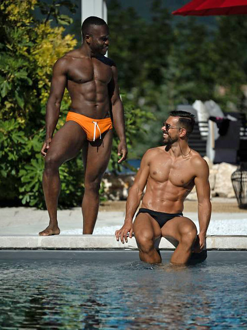 Checking Out a Poolside Buddy
