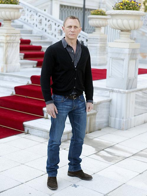 Daniel Craig in a Promo for Skyfall in Turkey