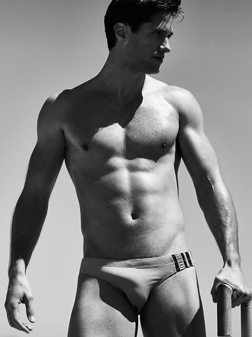 Fills Out his Speedo Very Well