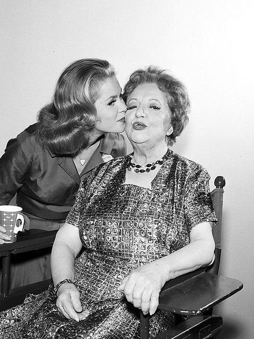 Elizabeth Montgomery Kissing Marion Lorne