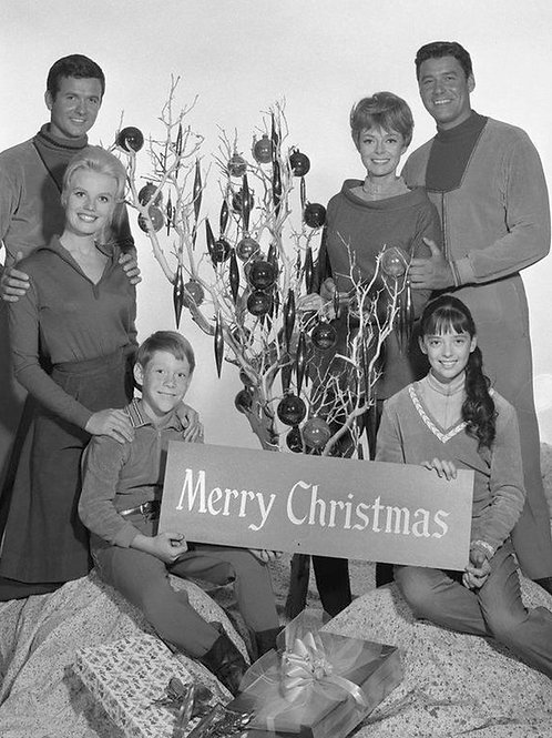Merry Christmas from the cast of Lost In Space