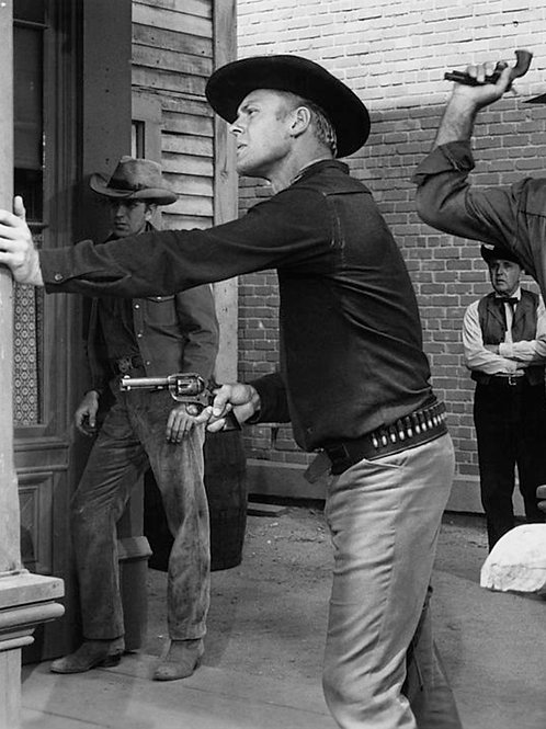 Tab Hunter in Hostile Guns
