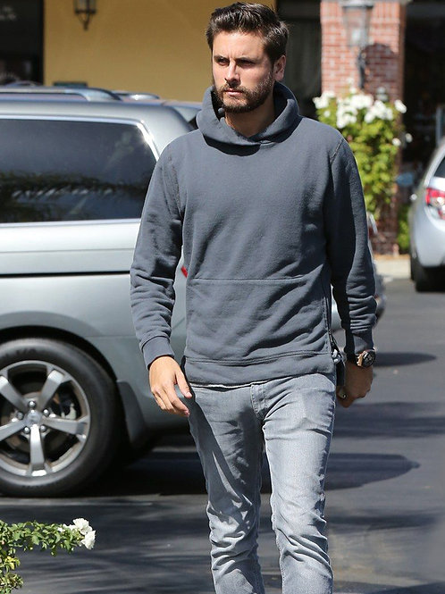 Scott Disick with a Very Detailed Bulge in Jeans