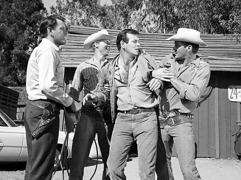 David Janssen Detained in the Fugitive