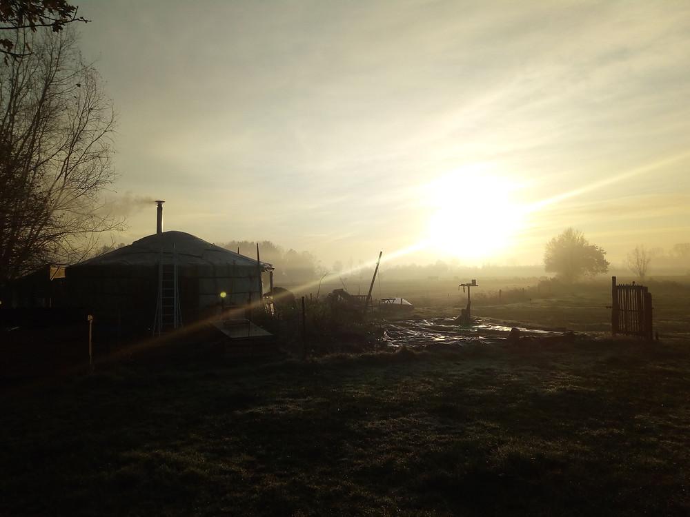 Zonopkomst yurt