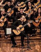 orquesta guitarras foto.jpg