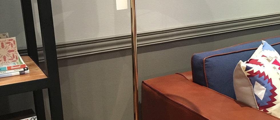 Lámpara de Pie - Swing Arm