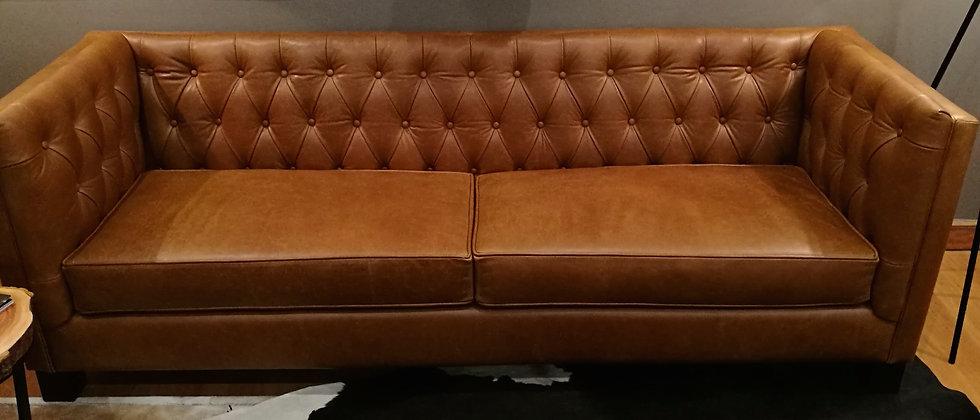 Sofa Venice en Cuero en medidas de 1.60