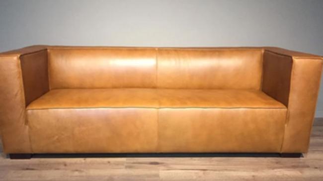 Sofa Congo 2.20 en Cuero