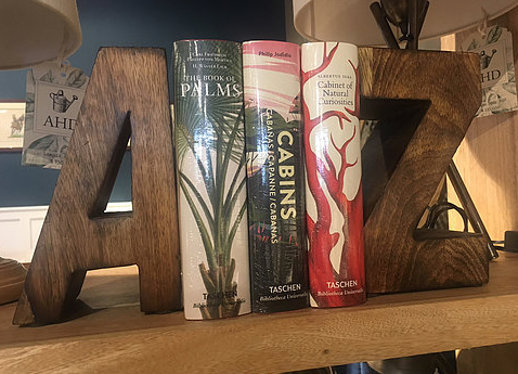 A-Z Bookend