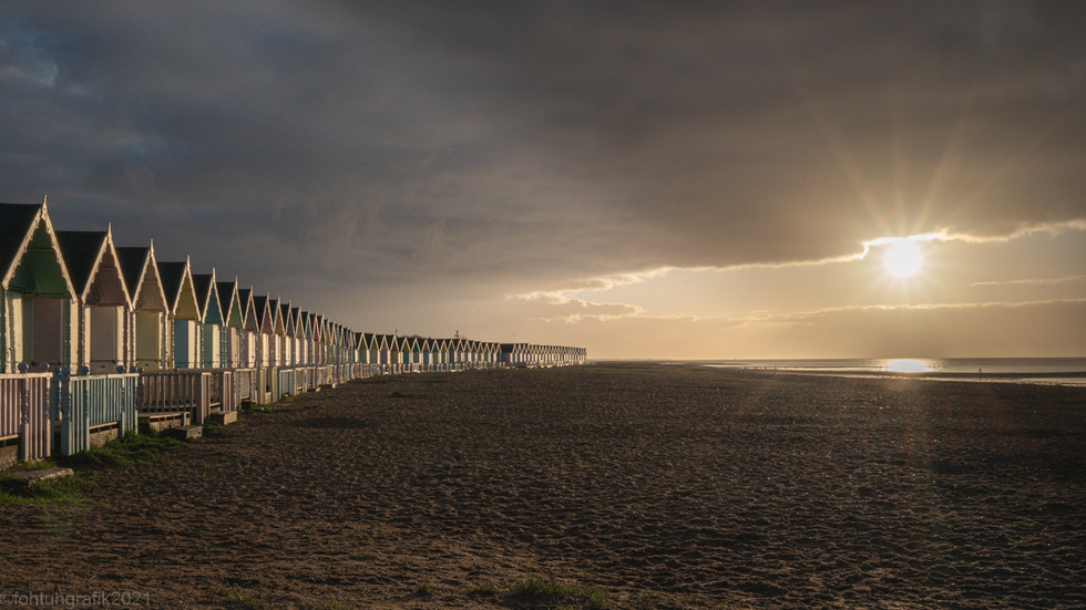 Beach Huts Sun Rise