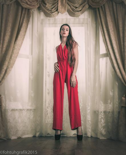 Model: Erika Zami Photographer & Edit: fohtuhgrafik Stylist: fohtuhgrafik Hair & MUA: Erika Zami Studio: Lovephoto Studio