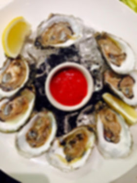 $1 oysters daily 3-6