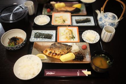 「義経」の朝定食