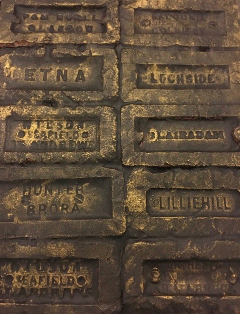 Ten bricks