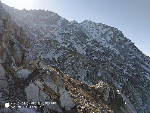 Inderhara pass trekking