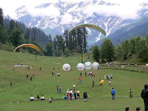 paragliding in solangvalley