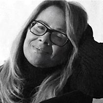 Mrs. Renee Smith - Science Fiction Autho