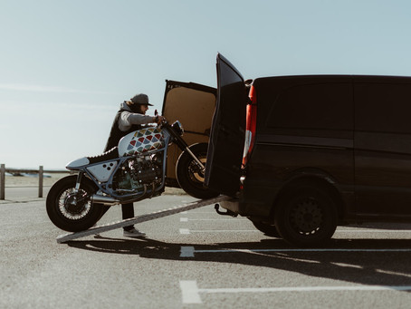 如果中意低重心的水平對臥引擎  四缸絕對更勝雙缸!