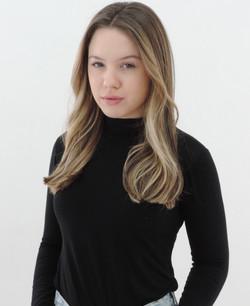 Isabela Dinies 14
