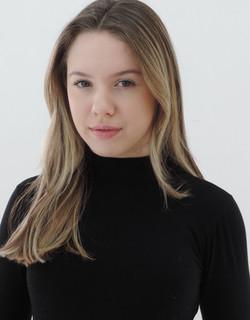 Isabela Dinies 11