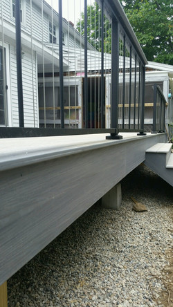 Textured Black Verticable with Drink Rail