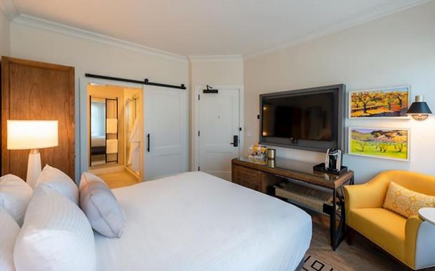 Hotel E 7-30.png