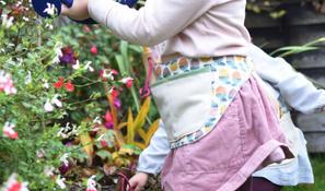 garden apron 5.jpg