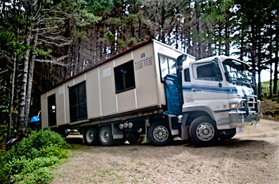 Portacom transport