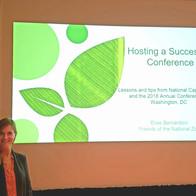 Elise Bernardoni presents her workshop about hosting an AAZK Conference