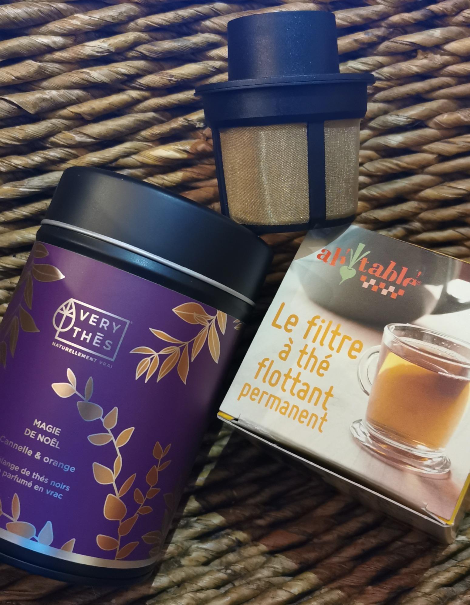 THE FLOTTANT - 1 sélection de thé de Noël dans sa boîte collector, filtre à thé flottant - 24,80€