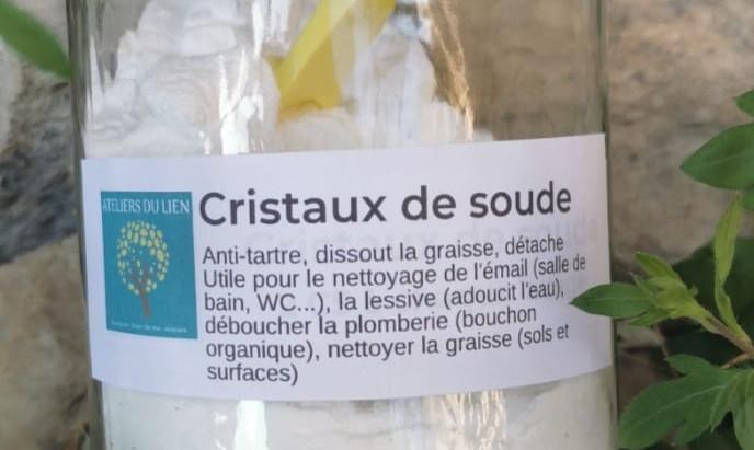 CRISTAUX DE SOUDE : LE nettoyant ultra-puissant