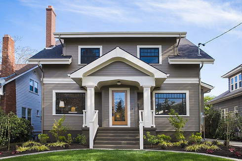 Single-family American craftsman house w