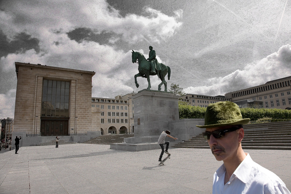 Bruxelles,  Statue du Roi Albert 1er - Mont des Arts