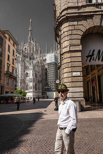 Milano,  Via Vittorio Emanuele - Duomo