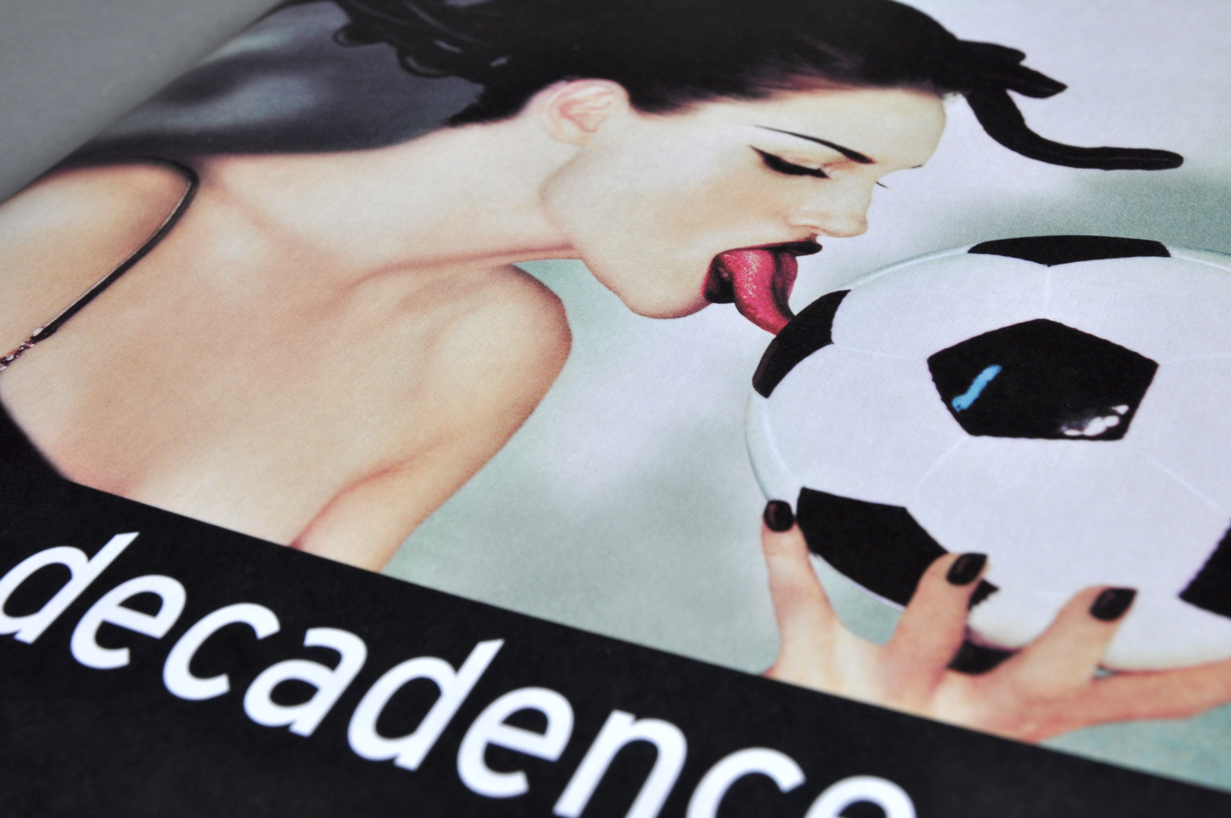 decadence_Titel