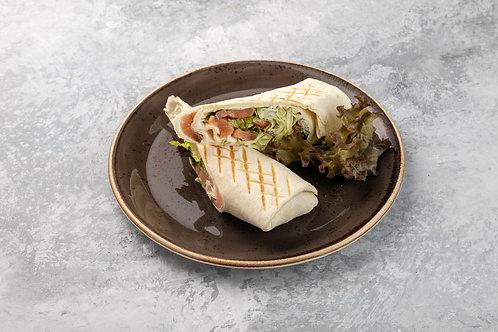 Ролл с лососем и творожным сыром, 250 г.