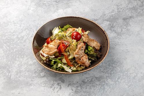 Тёплый салат с индейкой, 260 г.