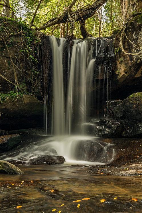 Vodopád Kbal Spean (varianta na výšku)