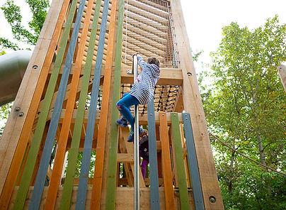 Structure-Jeux-Naturel-Tower.jpg