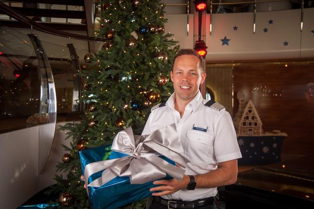 Cruise Director: Tui Cruises Mein Schiff 2